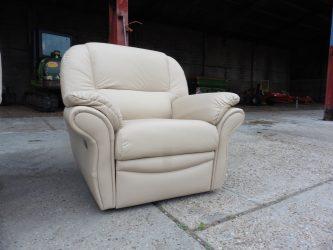 recover reupholster refurbish leather suite Upholsterer London, Upholsterers in Essex
